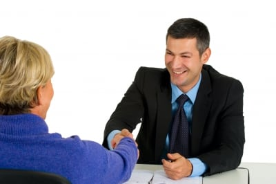 what to expect as a health insurance sales agents
